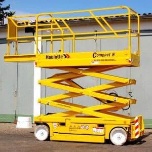 8 metre akülü makaslı platform kiralama seçeneğimizin dışında geniş makine parkımızda birçok manlift kiralama seçeneği de bulunmaktadır.